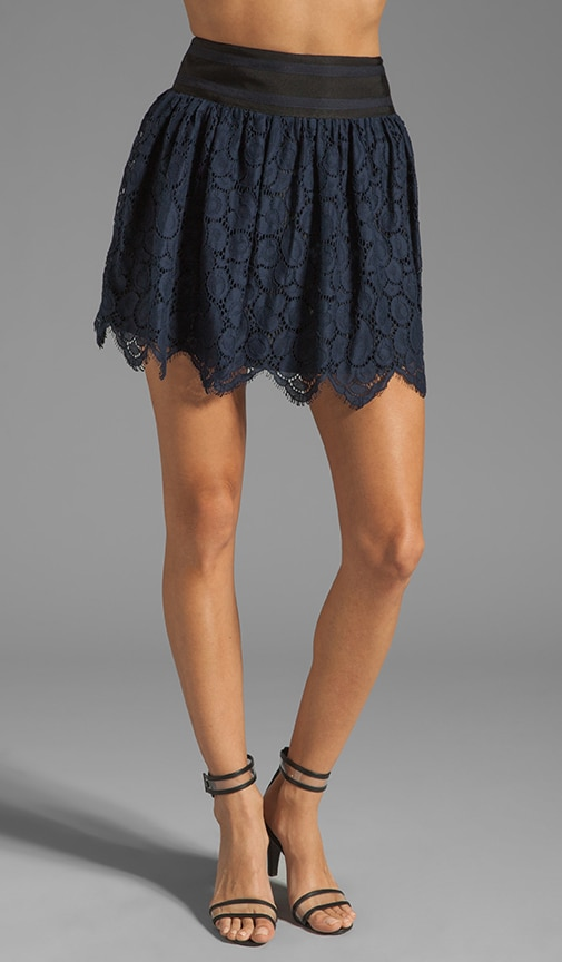 Begonia Scallop Lace Margaret Skirt
