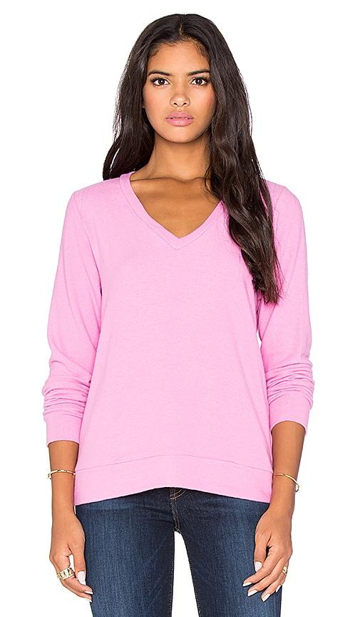 Michael Lauren Gregory V Neck Sweatshirt in Pink Shortcake