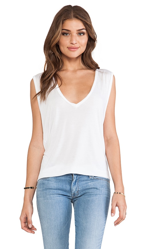 Jerry V-Neck Sleeveless Tee
