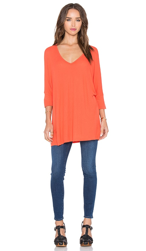 Michael Lauren Dylan 3/4 V-Neck Draped Tee in Orange