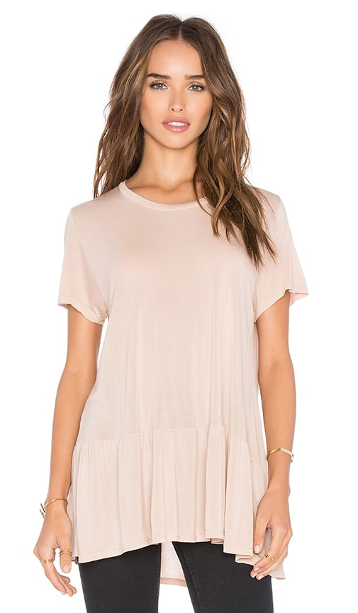 Michael Lauren Hart Short Sleeve Ruffle Tee in Beige