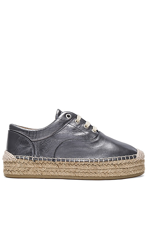 MM6 Maison Margiela Low Top Sneaker in Metallic Silver