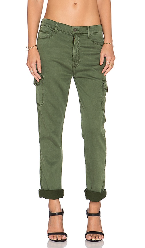 MOTHER The Vagabond Drop Crotch Cargo Pant in Military Green