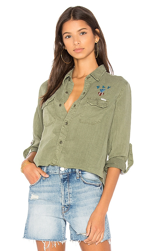 MOTHER Super Trooper Crop Fray Shirt in Green