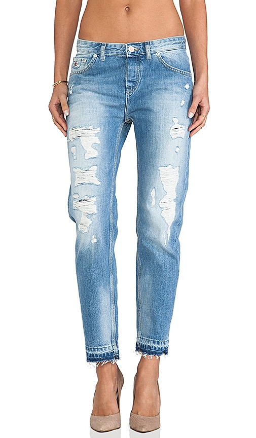 Ripped Boyfriend Le Garcon with Distressed Hem