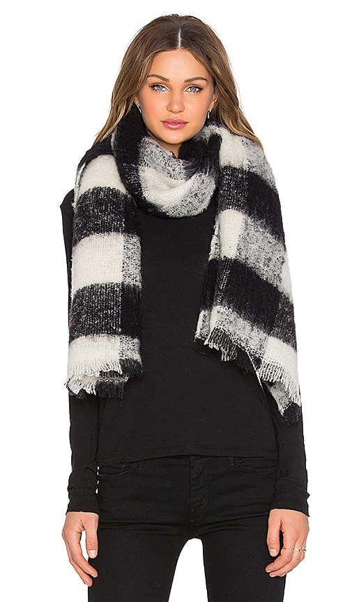 Maison Scotch Checkered Wool Scarf in Black & White