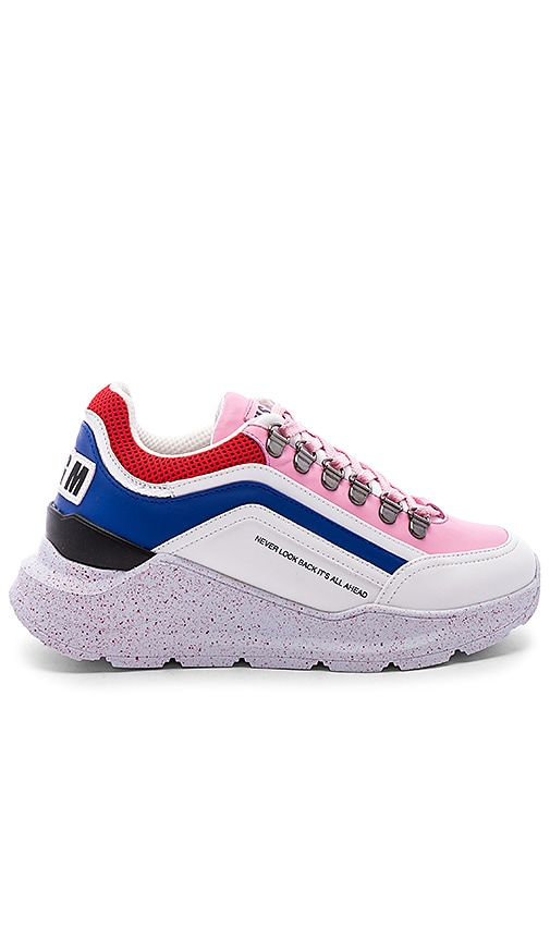 Chunky Running Lace Up Sneaker