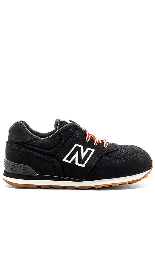New Balance 574 Sneaker in Black