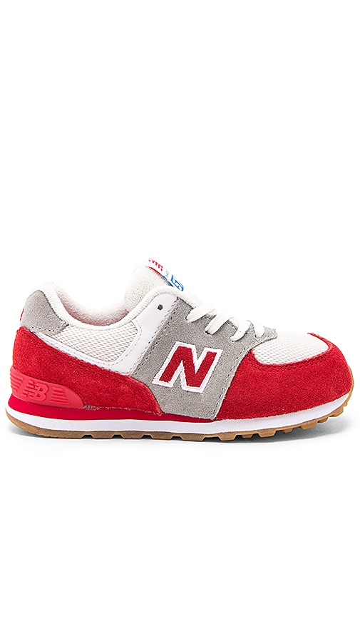 New Balance 574 Sneaker in Red
