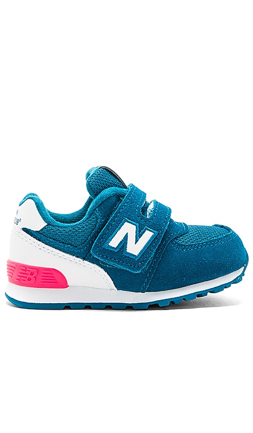 New Balance High Visibility Sneaker in Teal