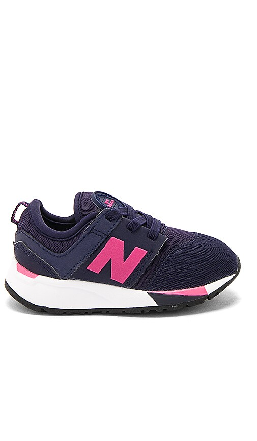 New Balance Omni Sneaker in Navy