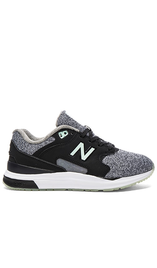 New Balance Modern Classics Sirens Sneaker in Gray