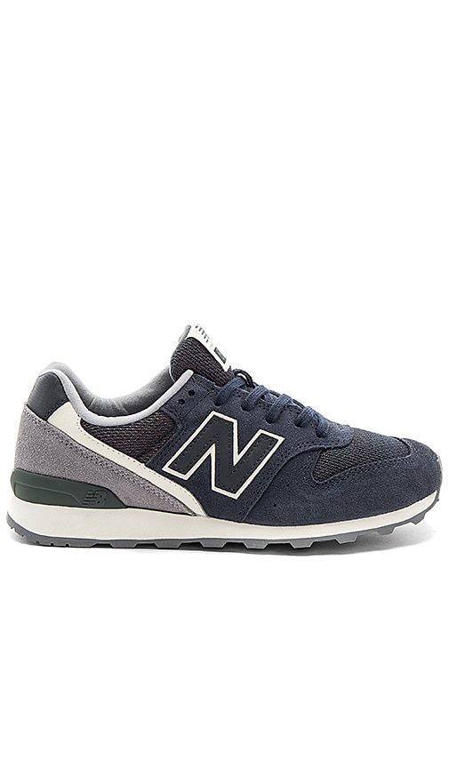 New Balance Winter Seaside Sneaker in Navy