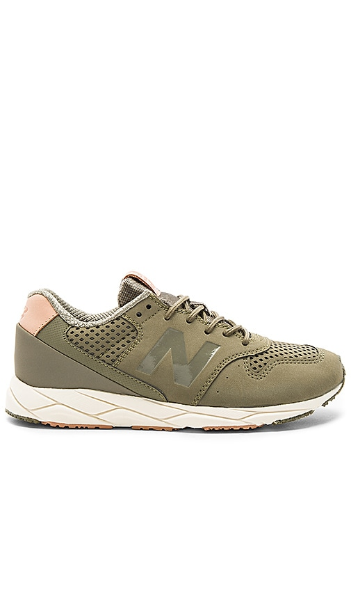 New Balance Mash Up Sneaker in Olive
