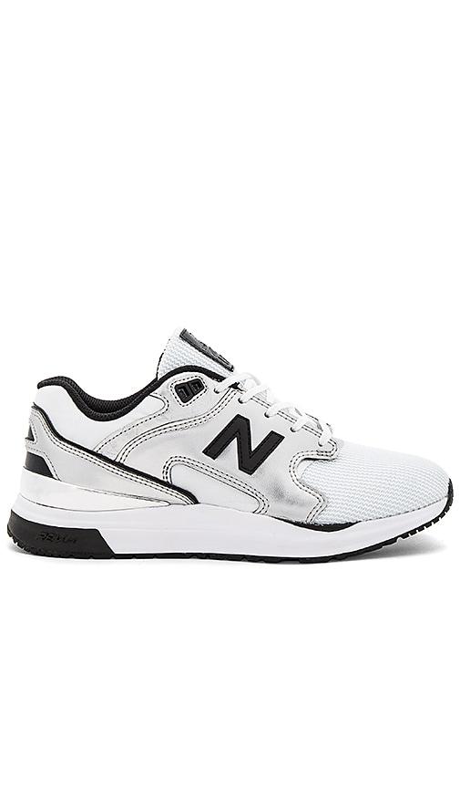 New Balance New Classics Sneaker in Metallic Silver