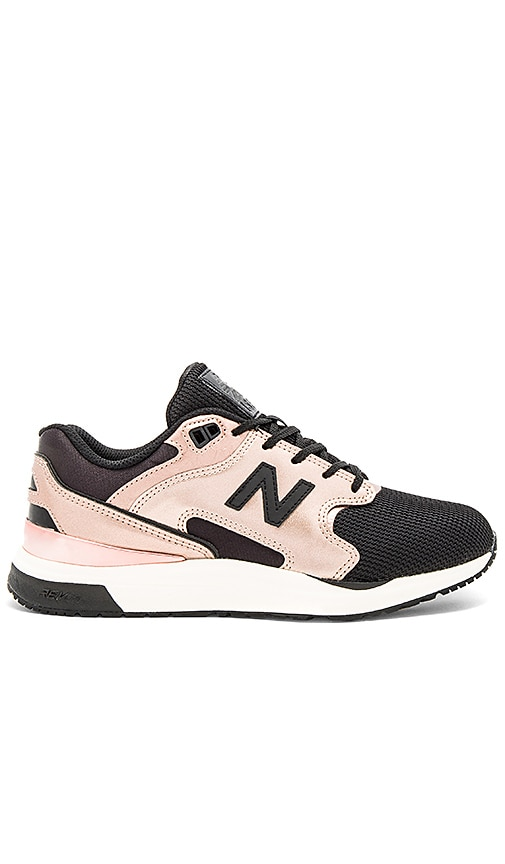 New Balance New Classics Sneaker in Metallic Copper