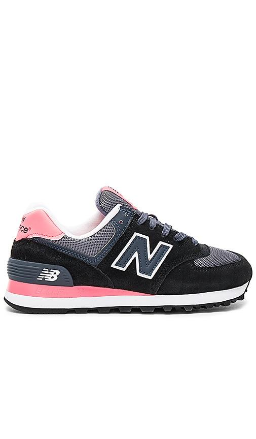 Classic Running Sneaker