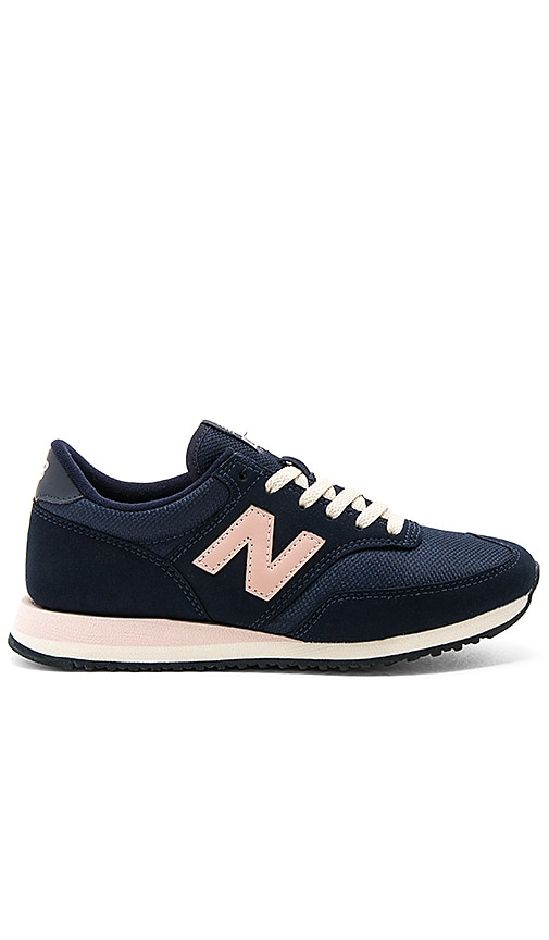 New Balance 620 Sneaker in Navy