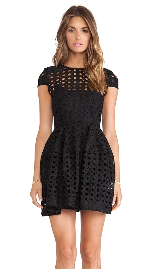 Circle Lace Cap Sleeve Dress