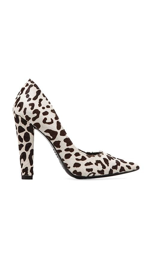 Darcy Pump with Cow Fur
