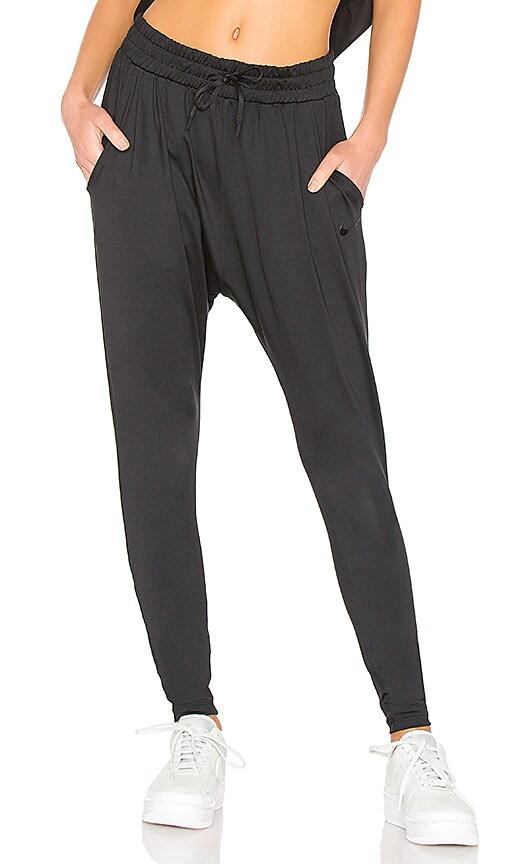 Nike Flow Pant in Black