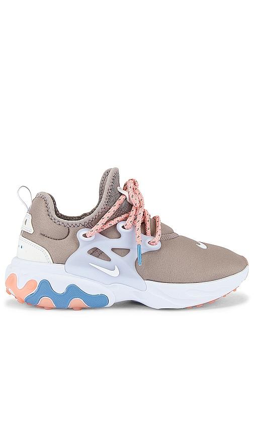 Nike React Presto Sneaker in Pumice