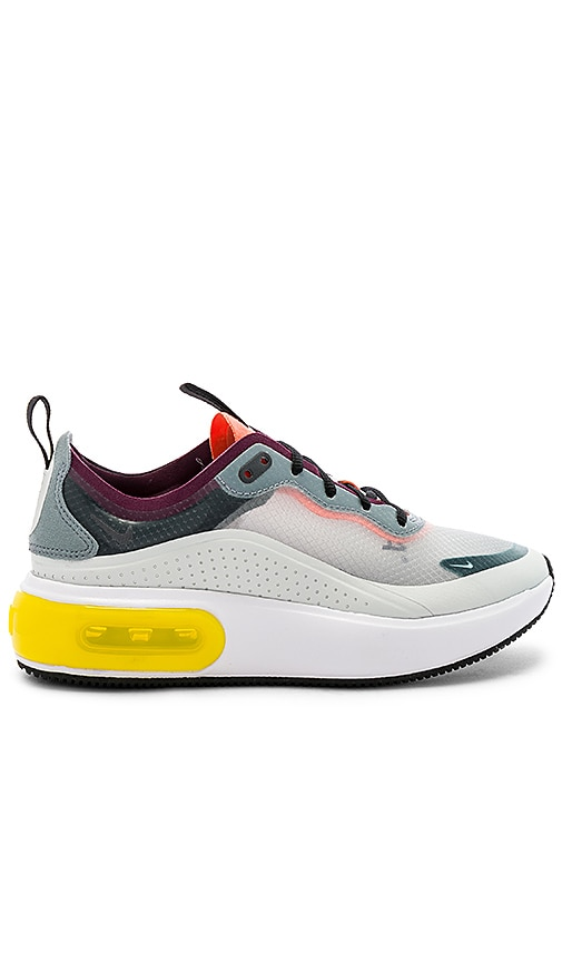 competitive price a6893 6860c Women s NRG Air Max Dia Se Sneaker