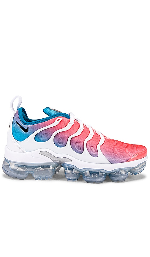 outlet store 1d36d f89bb Nike Vapormax Plus Sneaker in Pink Sea | REVOLVE
