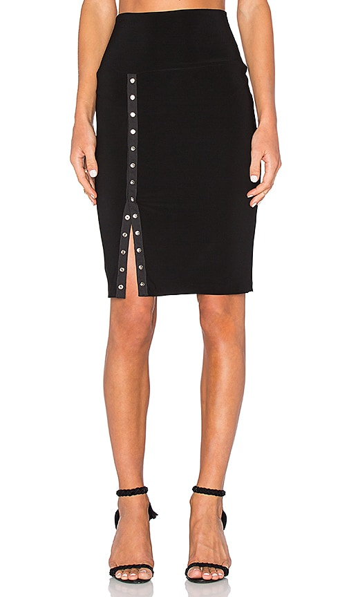 Norma Kamali Side Snap Skirt to Knee in Black