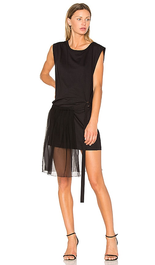 No. 21 Side Pleat Dress in Black
