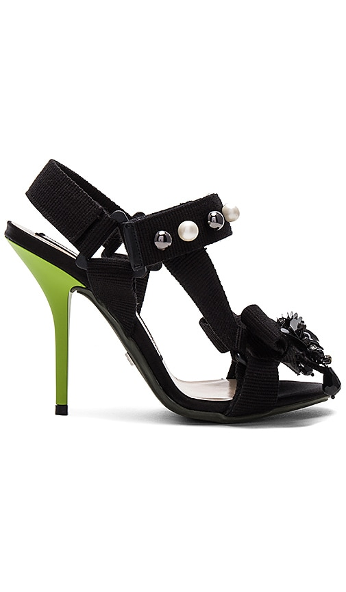 No. 21 Marble Heel in Black
