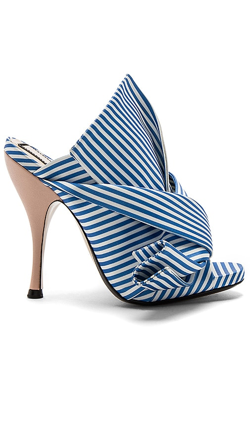 No. 21 Open Toe Heel in Blue
