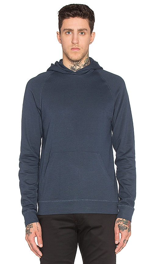 Norse Projects Ketel Hood Light Brushed Sweatshirt in Navy
