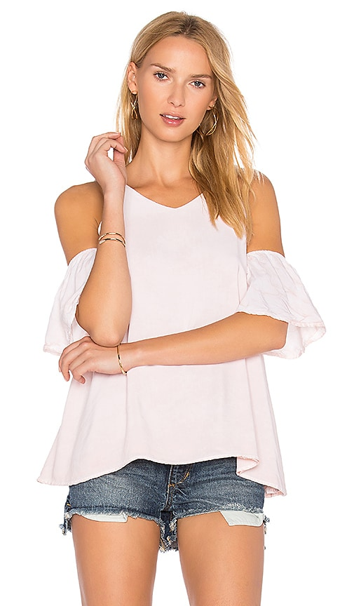 NYTT Cold Shoulder Tee in Blush