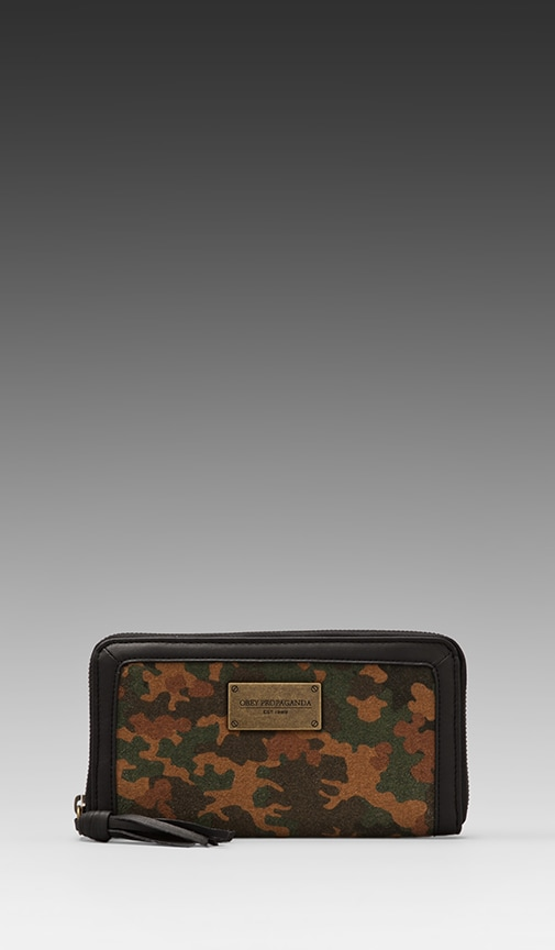 Berlin Clutch Wallet
