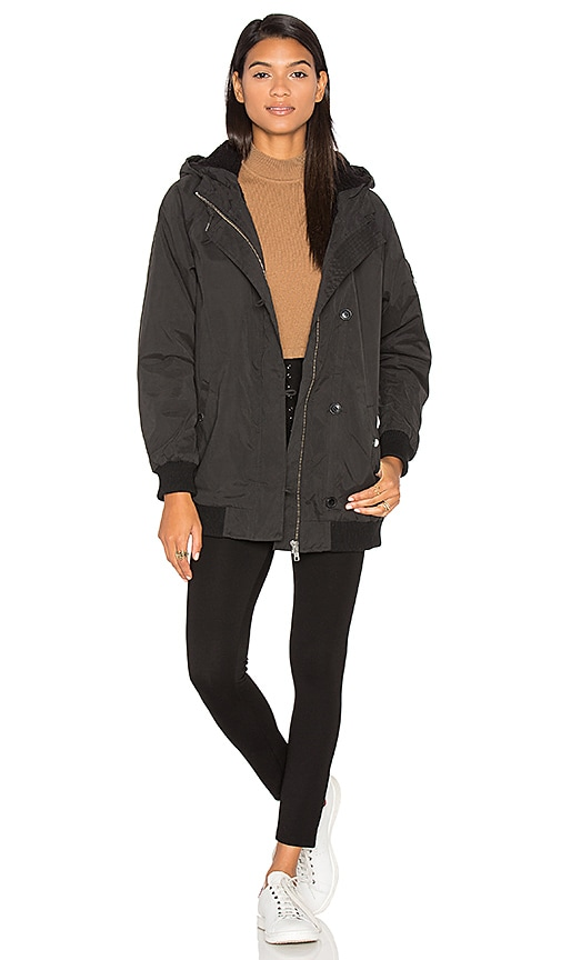 Obey Stryker Jacket in Black