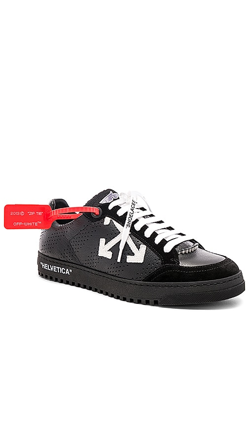OFF-WHITE Low 2.0 Sneakers in Black