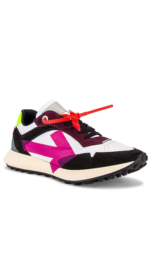 OFF-WHITE Arrow Sneakers in White