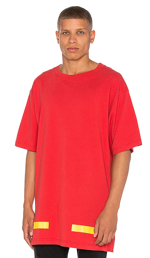 OFF-WHITE Arrows Tee in Red