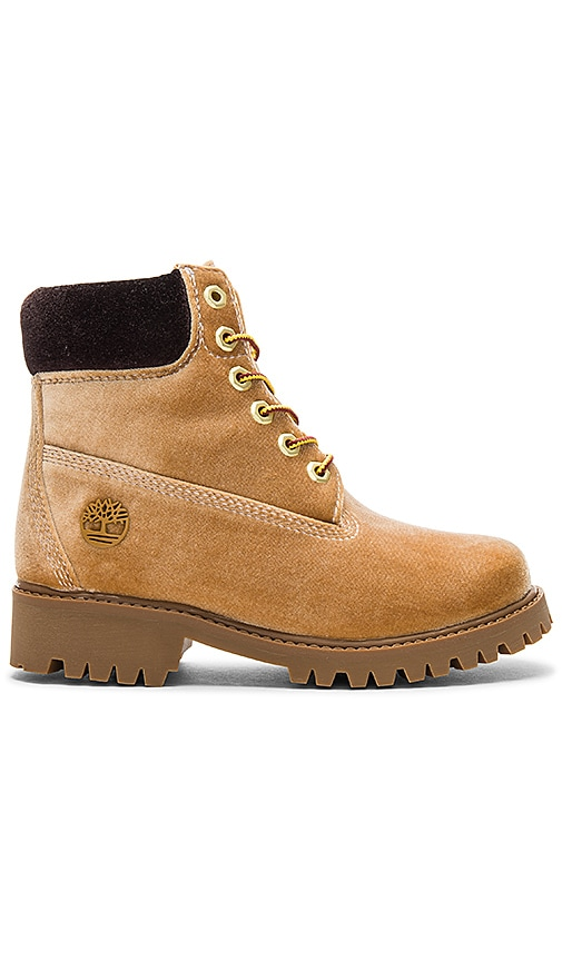 OFF-WHITE Timberland Boot in Brown