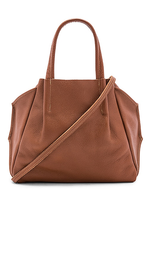 OLIVEVE Zoe Tote in Cognac