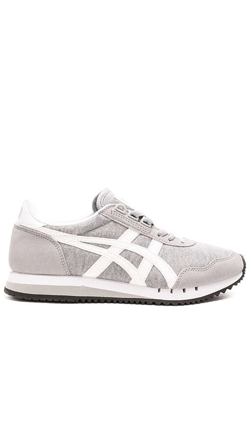 differently 0944f 7882a Onitsuka Tiger Dualio in Light Grey and White | REVOLVE