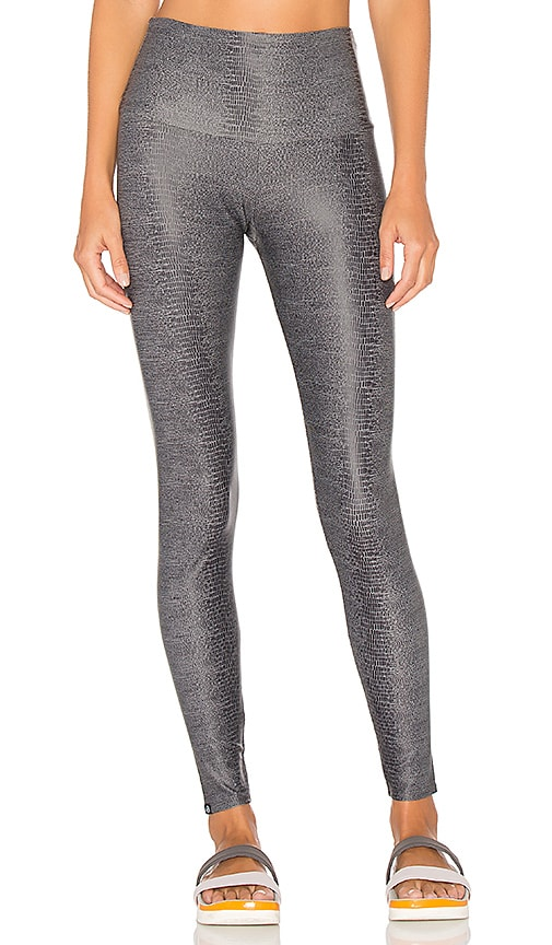 onzie High Rise Legging in Charcoal