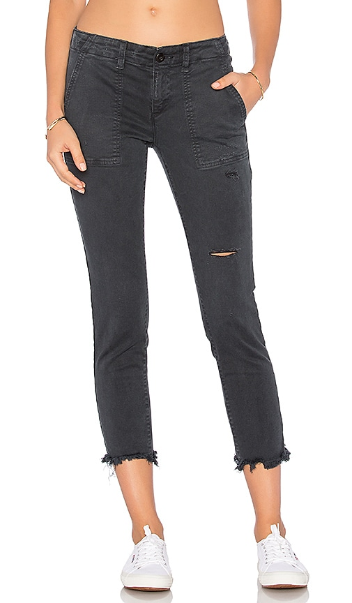 Pam & Gela Shredded Twill Pant in Charcoal