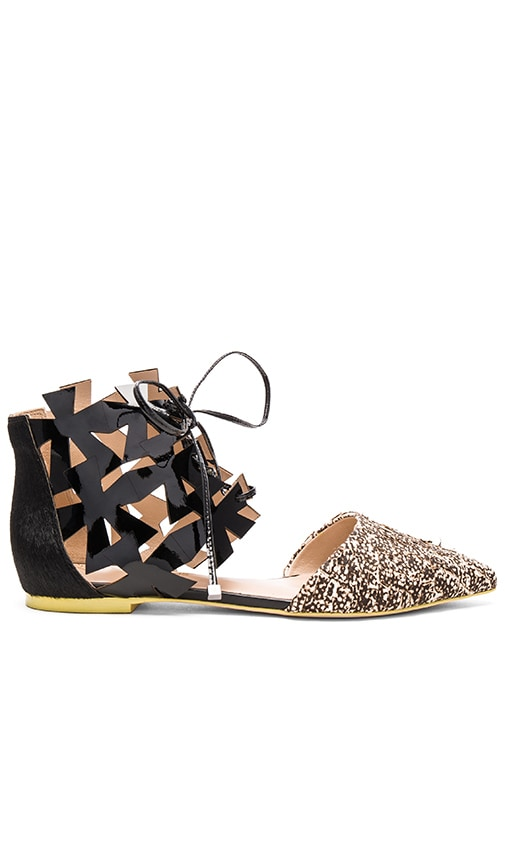 PAOLA FABRIS Click Calf Hair Flat in Black & Beige