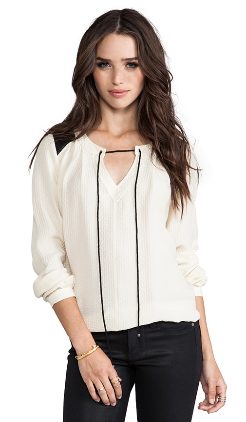 Matte Seersucker Tie Neck Peasant Blouse
