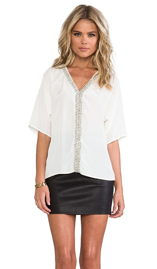 Chain-link Peasant Top