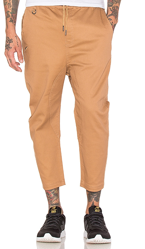 Publish Slash 3/4 Pant in Tan