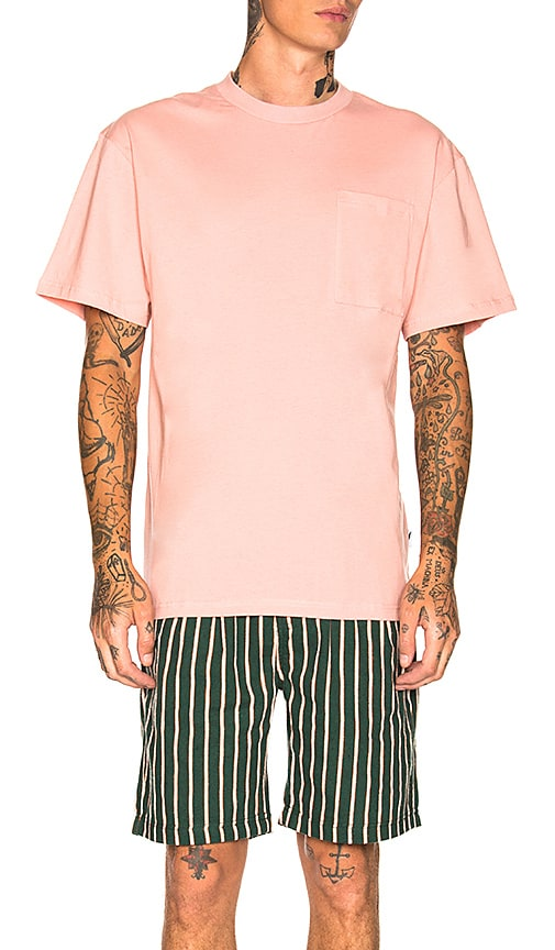 Publish Isaias Tee in Pink