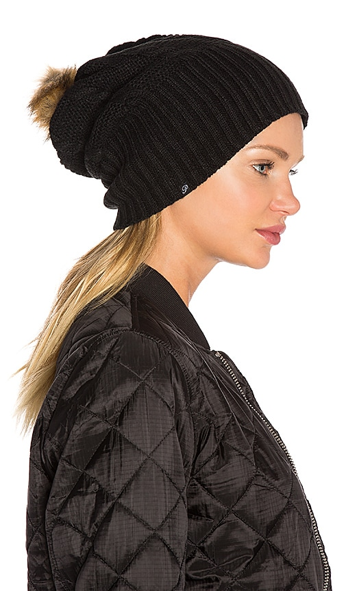 Plush Fleece-Lined Faux Fur Pom Pom Hat in Black
